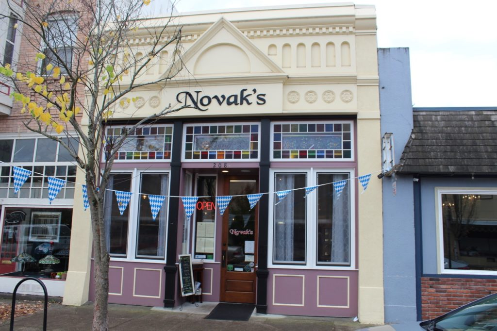 Novak's: Oregon Ethnic Dining